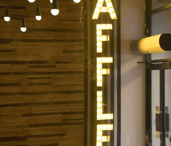 Waffles-By-Alamgir-best-interior-in-lahore